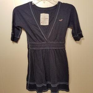 Hollister shirt size medium